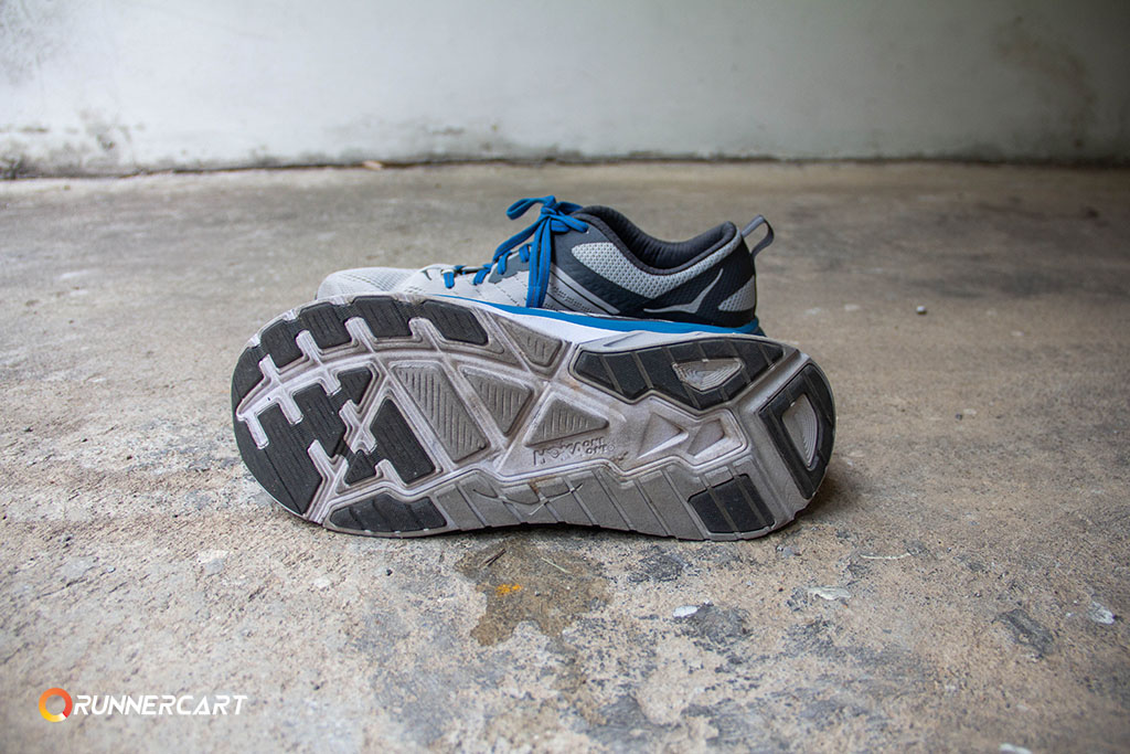 Hoka one one arahi3 review12